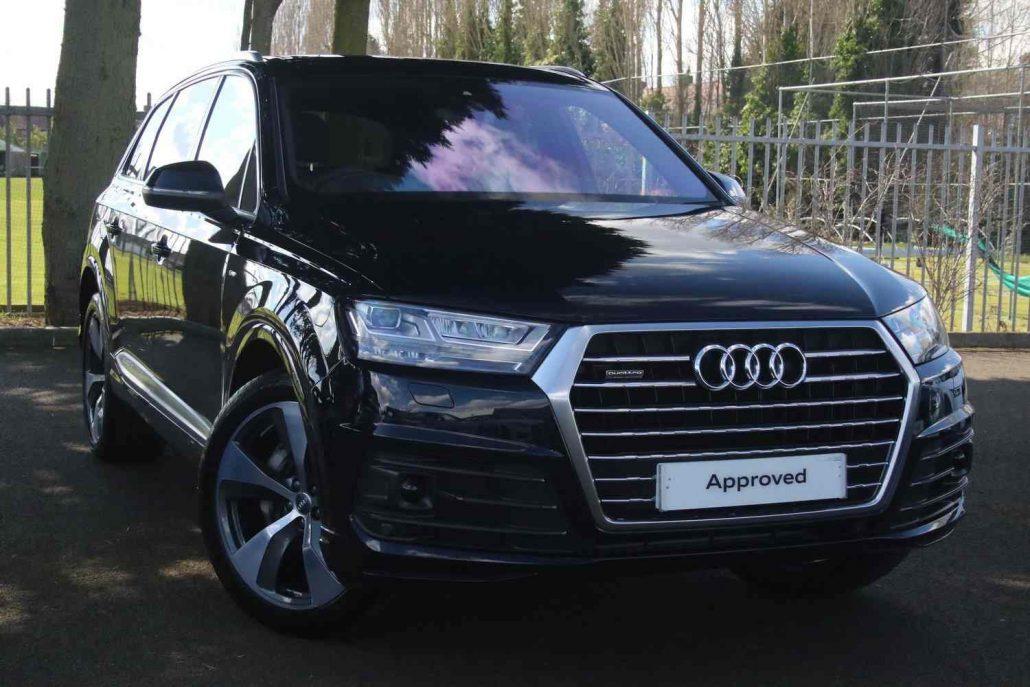 Black Audi Q7 Wedding Hire Bradford, Leeds, Manchester, Luton, Sheffield, Cottingley